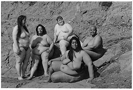 picture of five women at a nude beach from Women En Large